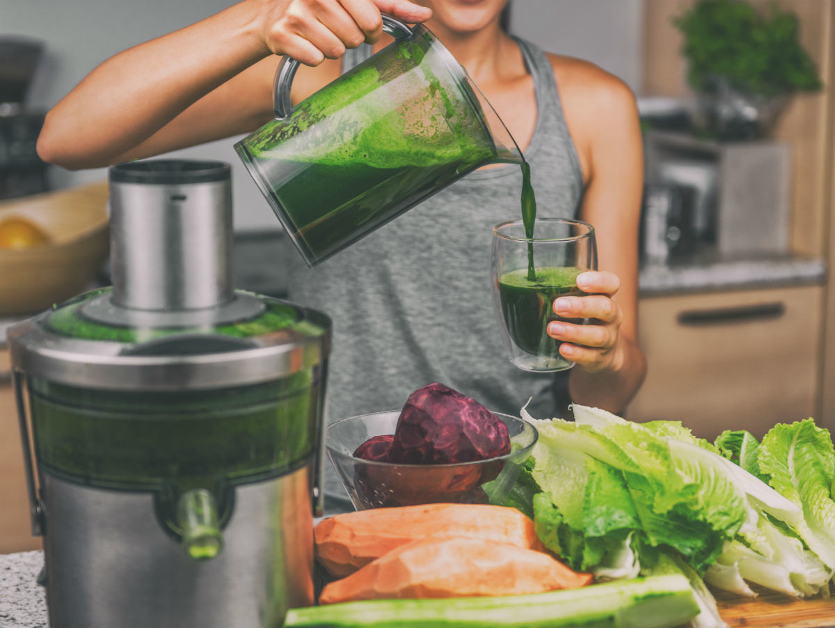 Juicing vs Blending: What's the Difference?
